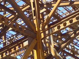 پاورپوینت آشنایی با انواع اتصالات در ساختمان های فلزی | ساعت مچی